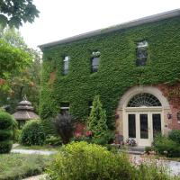 Hotel Pictures: BranCliff Inn Bed and Breakfast c1859, Niagara on the Lake