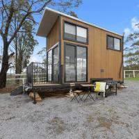 Hotellbilder: Big Tiny Paperbark Tiny House, Mowbray Park Farm, Picton