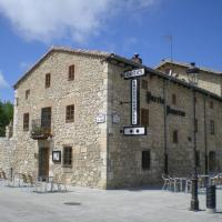 Hotel Puerta Romeros