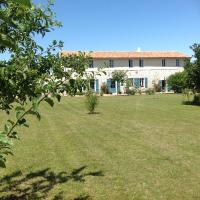 Hotel Pictures: La Chaumeauniere, Aigrefeuille-d'Aunis