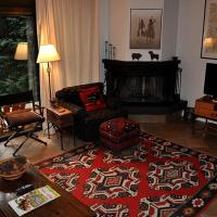 Zdjęcia hotelu: Remodeled 3 Bedroom Townhome #22 in Convenient West Vail., Vail
