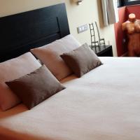 Hotel Pictures: Hotel Araz, Las Rozas de Valdearroyo