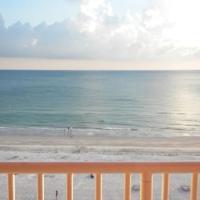 Hotellikuvia: Amazing Beachfront Balcony Condo, Clearwater Beach