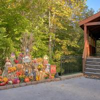 Hotel Pictures: Boulder Bear Lodge #355 - Three Bedroom Cabin, Pigeon Forge
