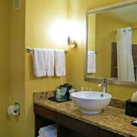 Queen Room with Two Queen Beds and Bath Tub - Disability Access/Non-Smoking
