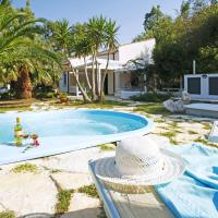Hotellbilder: Scopello Villa Sleeps 6 Pool Air Con WiFi, Scopello