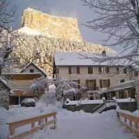 Hotel Pictures: Au Gai Soleil du Mont-Aiguille, Chichilianne
