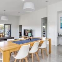 Zdjęcia hotelu: Diamond Bay Beach House: brand new, Sorrento