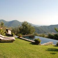 Hotellbilder: Balbano Villa Sleeps 8 Pool WiFi, Balbano