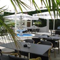 Hotel Pictures: Hotel Adler, Augsburg