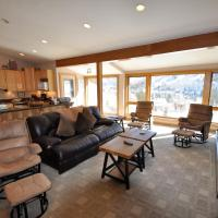 Zdjęcia hotelu: Sandstone 2 Bedroom Condo #601 w/ Amazing Views. Carport, Shuttle., Vail