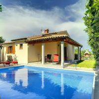 Hotellbilder: Liznjan Villa Sleeps 6 Pool Air Con WiFi, Ližnjan