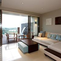 One-Bedroom Apartment with Private Pool