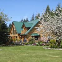 Hotel Pictures: Cowichan River Wilderness Lodge, Lake Cowichan