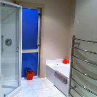 Two-Bedroom Holiday Villa