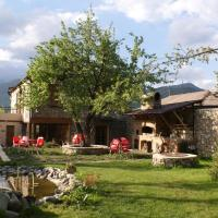 Hotel Pictures: Takht House, Dilijan