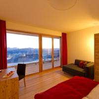 Triple Room with Balcony or Terrace and Mountain View