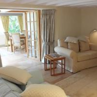 Hotel Pictures: The Old Coach House, Tenby