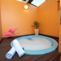Studio with Hot Tub