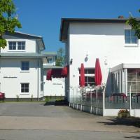 Hotel Pictures: Strandhotel Villa Louisa, Juliusruh