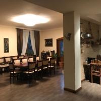Zdjęcia hotelu: A Royal Luxury Villa With Swimming Pool, Erywań