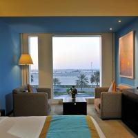 Deluxe Double Room with Corniche View