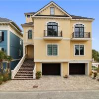 Hotellikuvia: Stunning Oceanfront Home w/ Pool, Elevator, Large Deck, Easy Beach Access!, Hilton Head Island