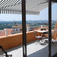 Hotel Pictures: Les Calanques, Allauch