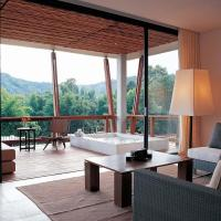 Pavilion Double Room with Hot Tub