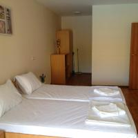 Two-Bedroom Apartment Free Parking-Wifi