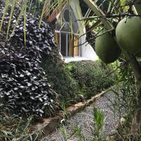 Hotel Pictures: Casa Botanica Costa Rica, Punta Mala