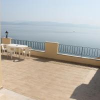 Family Apartment with Sea View (5 Adults)