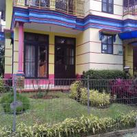 Zdjęcia hotelu: Villa Kota Bunga Aenun K1-23, Cipanas