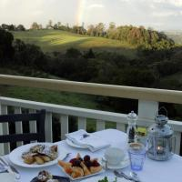 Hotel Pictures: The Spotted Chook and Amelie's Petite Maison, Montville