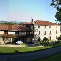 Hotel Pictures: Auberge du Mazet, Saint-Georges-en-Couzan