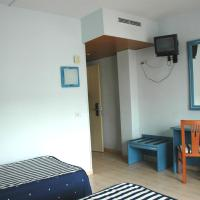 Double Room with Extra Bed (2 Adults + 1 Child)