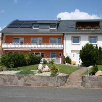Hotel Pictures: Weingut und Gästehaus Wolfgang Beth, Kinheim