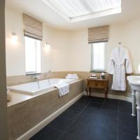 Suite with Bath and Balcony