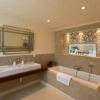 Suite with Bath
