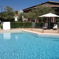 Hotel Pictures: ibis Aubenas, Aubenas