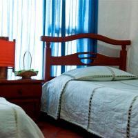Hotel Pictures: Rancho California Campo Aventura, Barragán