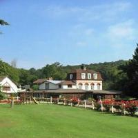 Hotel Pictures: Hostellerie du Domaine Saint Paul, Lyons-la-Forêt