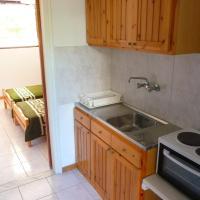 Semi-Basement Apartment (3-5 Adults)