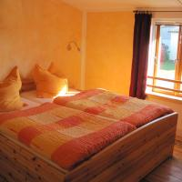 Two-Bedroom Apartment with Balcony (3 Adults + 2 Children)
