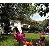 Hotel Pictures: Gästehaus Meng, Bad Krozingen