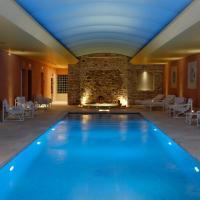 Hotel Pictures: Auberge de Cassagne & Spa, Le Pontet