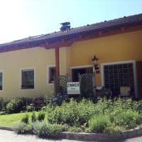 Hotel Pictures: Haus Margit, Schlierbach