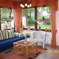 Hotel Pictures: Ferienwohnung Ingrid, Idar-Oberstein