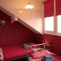 Standard Triple Room with Sea View and Shared Bathroom