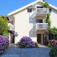 ホテル写真: Apartments Ratković, ティヴァト